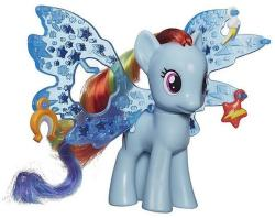 Hasbro Cutie Mark Magic: Friendship Charm Wings - Ponei Rainbow Dash Deluxe (B0671)